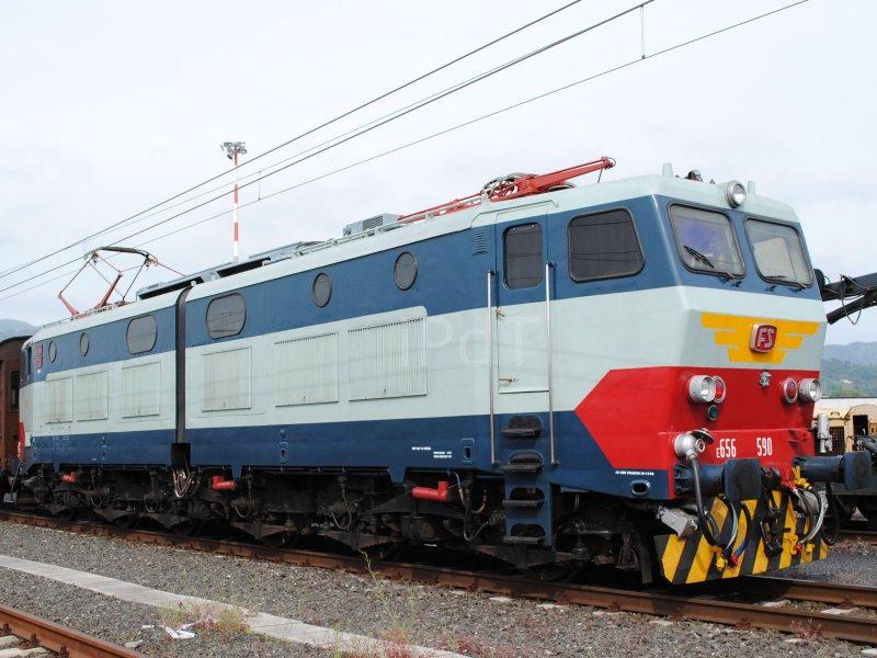 e656-002.jpg