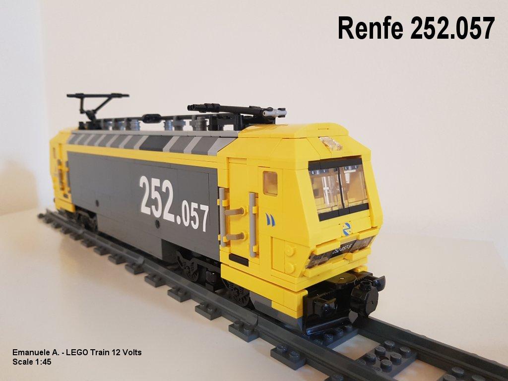 renfe252-001.jpg