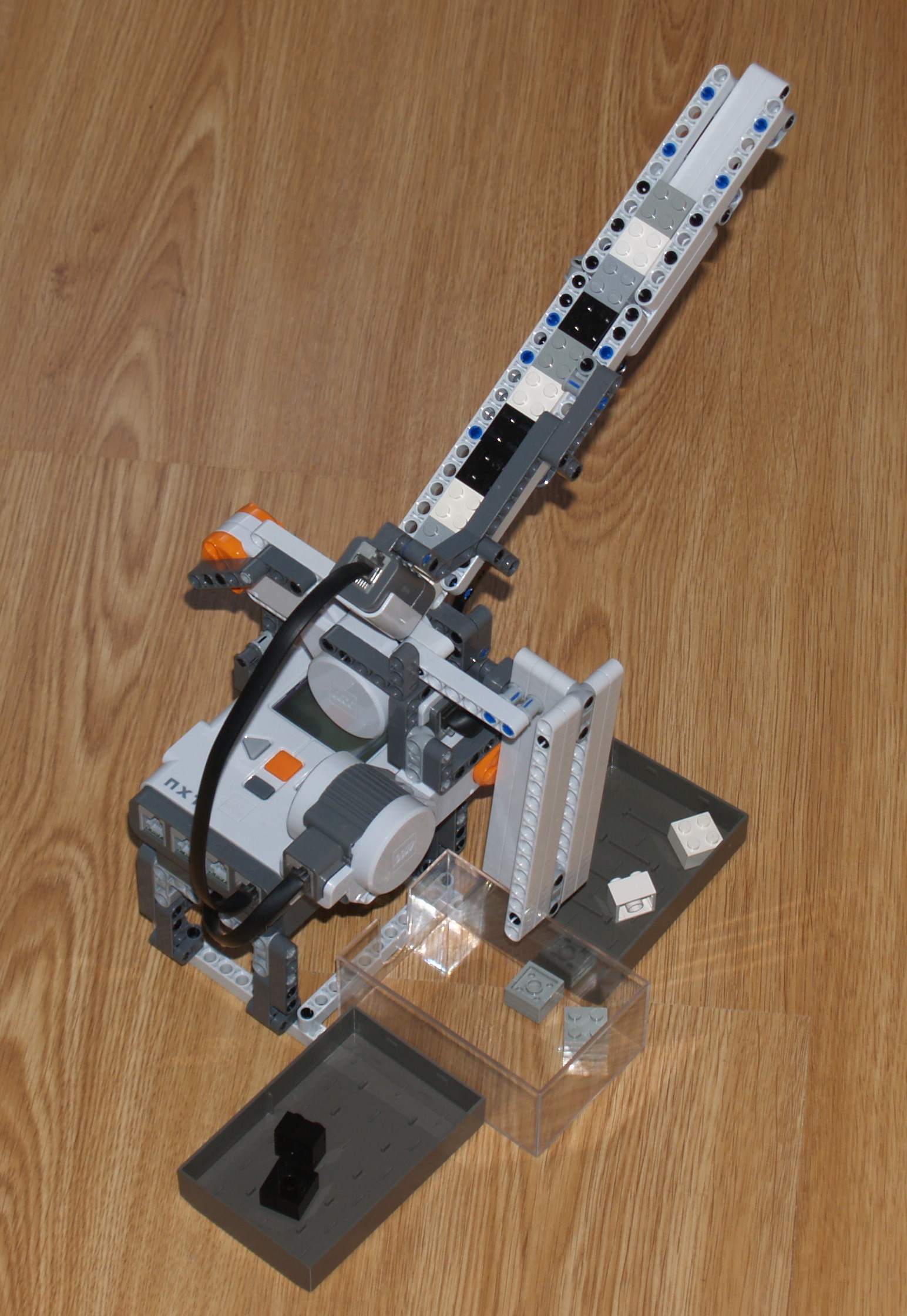 NXT Brick Sorter - By Laurens - Mindstorms NXT building ...