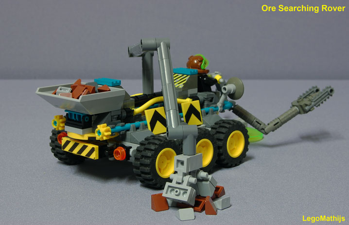 03_ore_searching_rover_backside_view.jpg