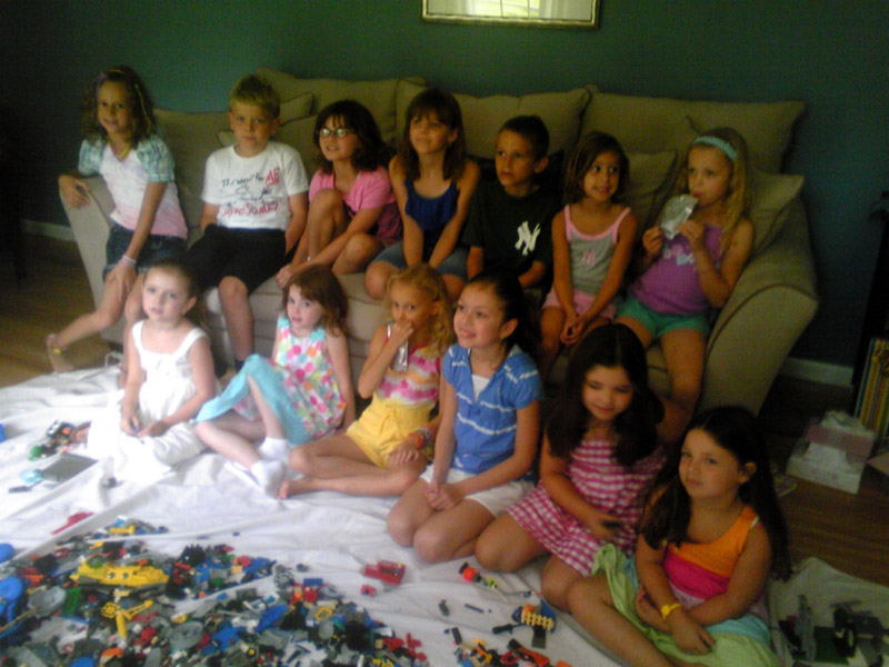 1omy-lego-party-lori-a.jpg