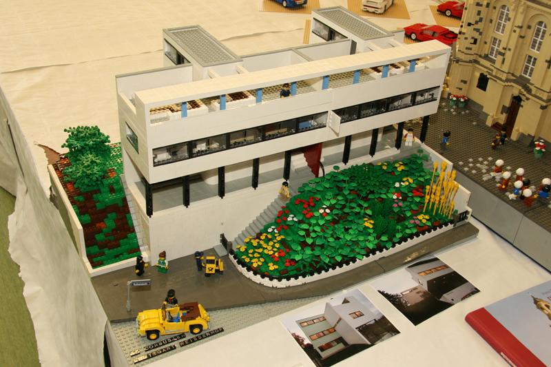frechen 39 07 wer hat das corbusier haus gemacht lego. Black Bedroom Furniture Sets. Home Design Ideas