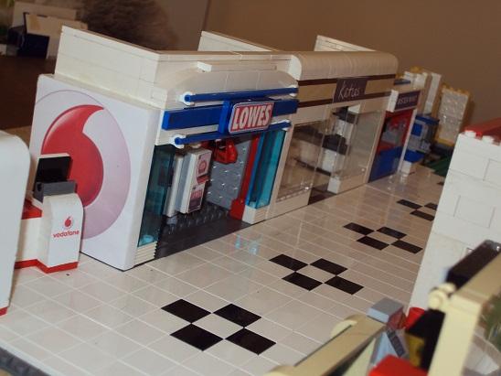 MOC - Shopping Centre 0000_2_shopping_centre_95