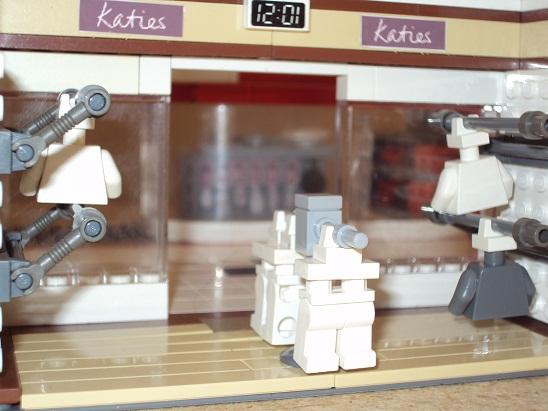 MOC - Shopping Centre 0000_2_shopping_centre_96