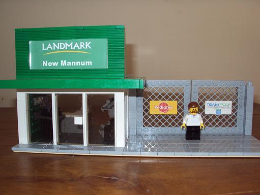 MOC - Landmark store Landmark_95