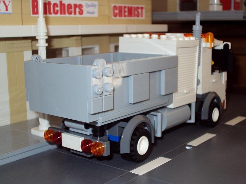 0_council_truck_61.jpg