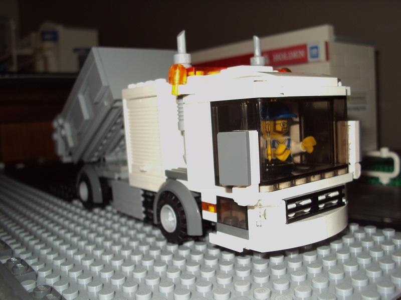 0_council_truck_80.jpg