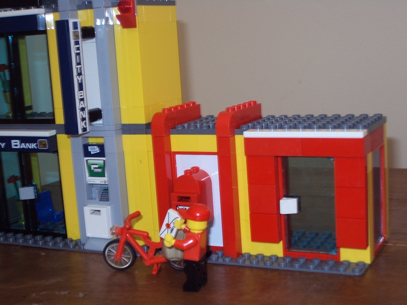 lego_city_style_post_office_96.jpg