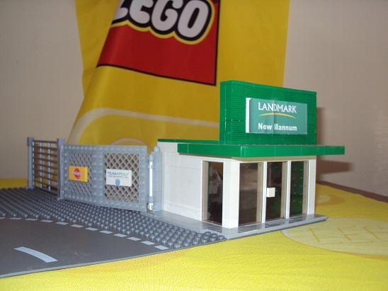 MOC - Landmark store 0000_1_landmark_store_reborn_97