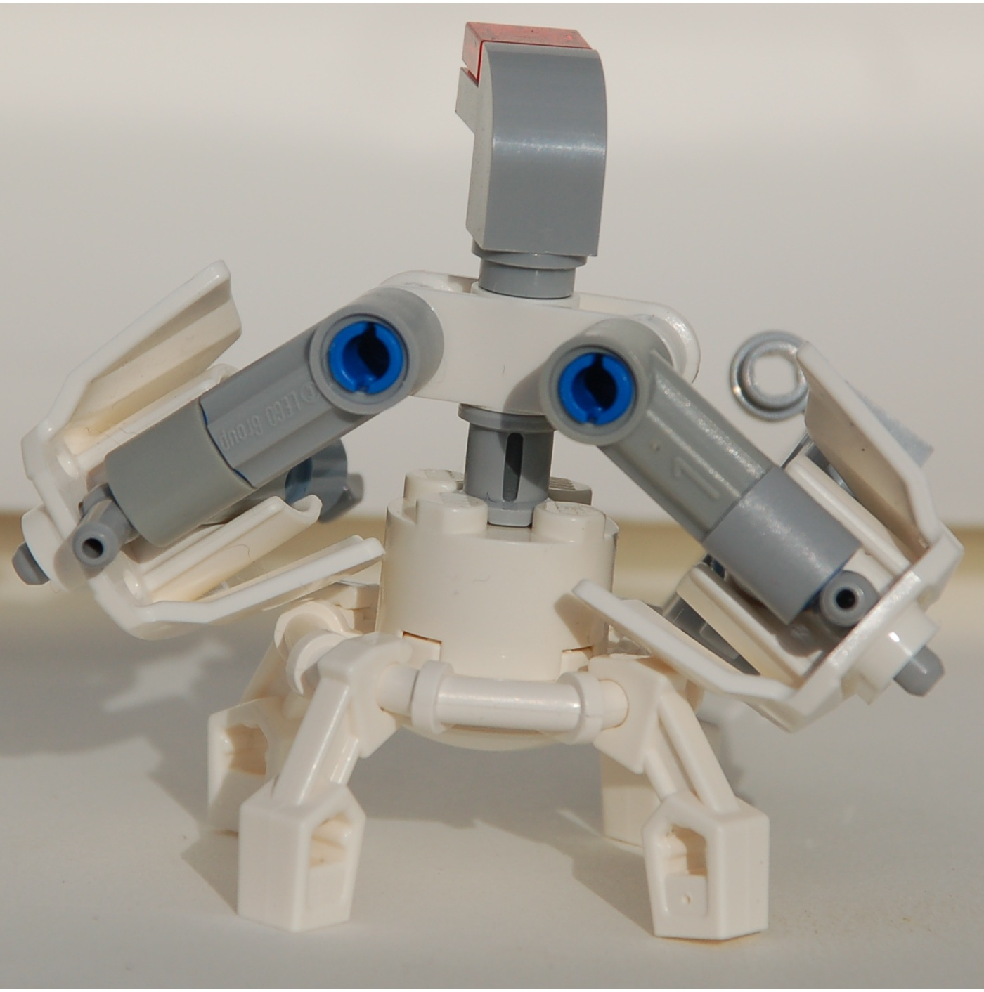 strongarms_frame_with_medium_rifle__rear.jpg