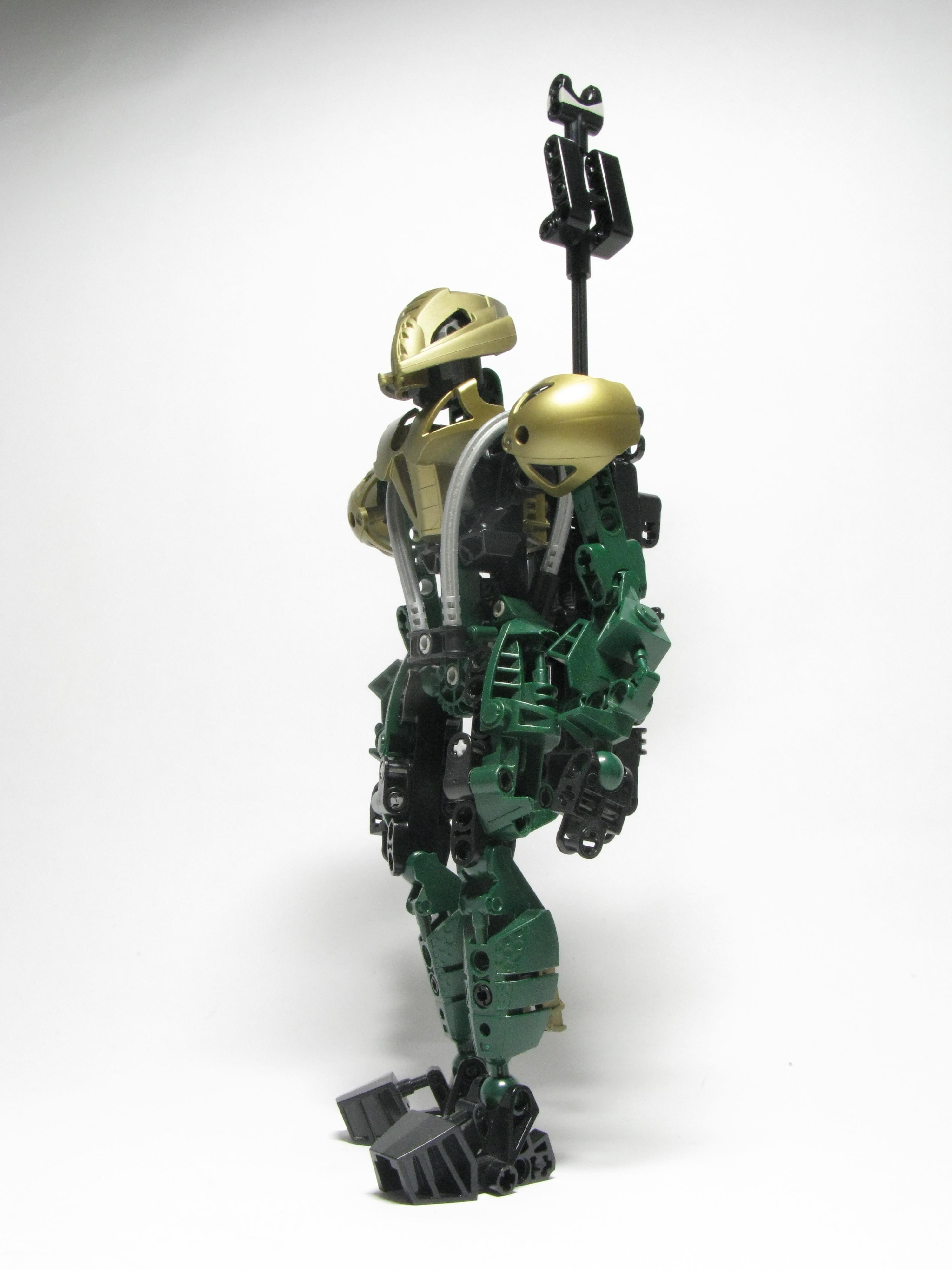 [MOC] Mécha Futuron (Walker-T1) 024