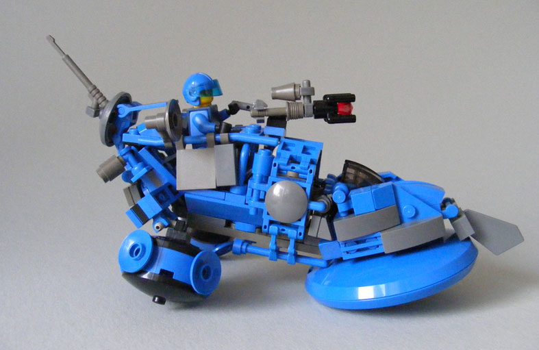 blue-hoverbike_s03.jpg