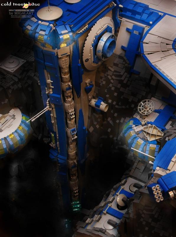 LEGO Cold Moon Base