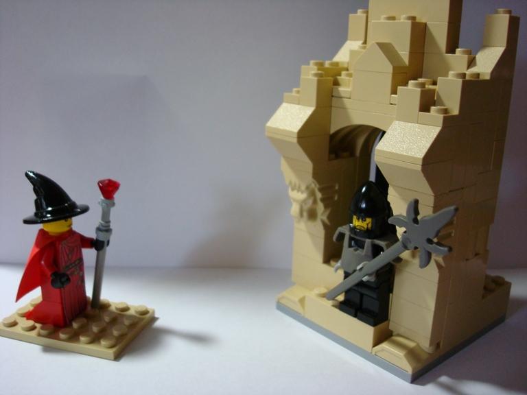 http://www.brickshelf.com/gallery/NHkBN3NToP/necromantsspy/1.jpg