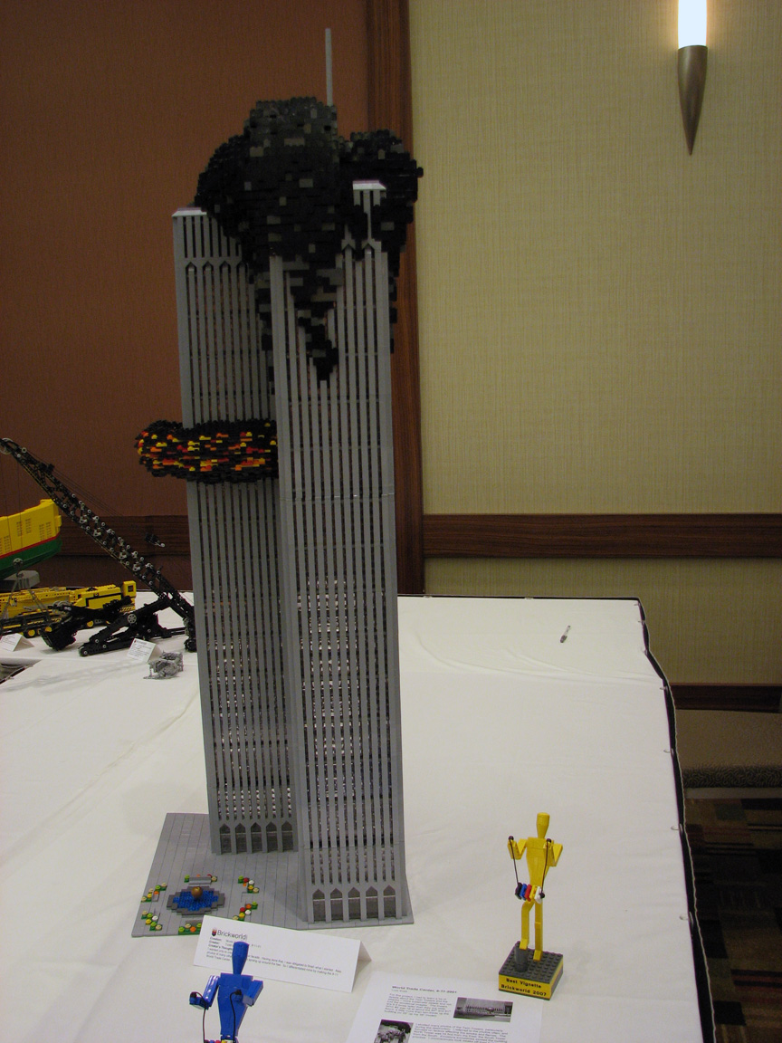 brickworld2000.jpg