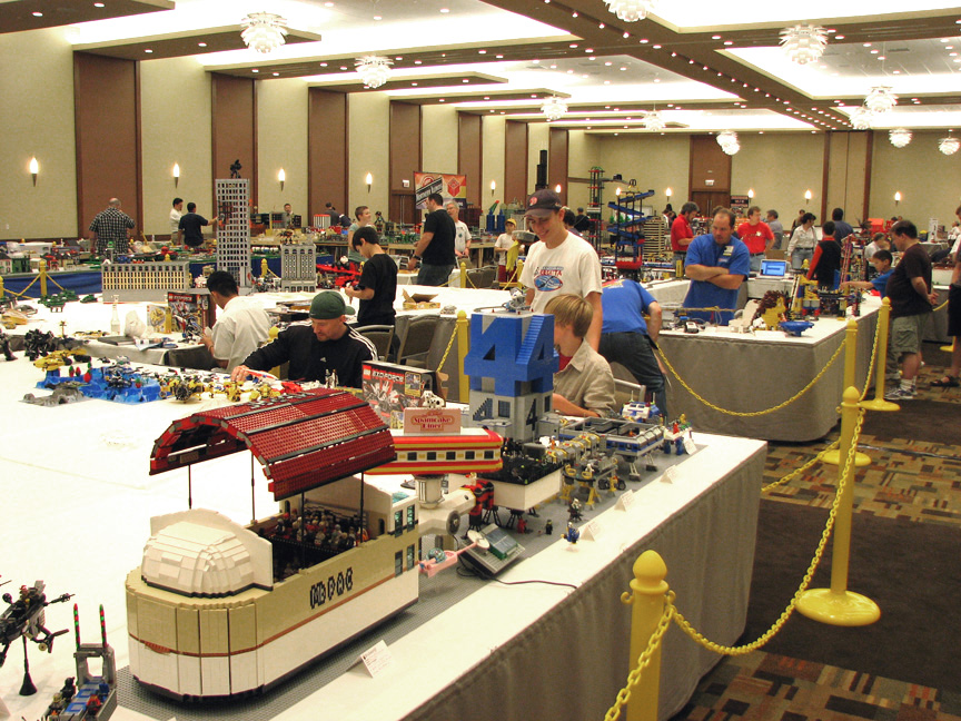 brickworld1418.jpg