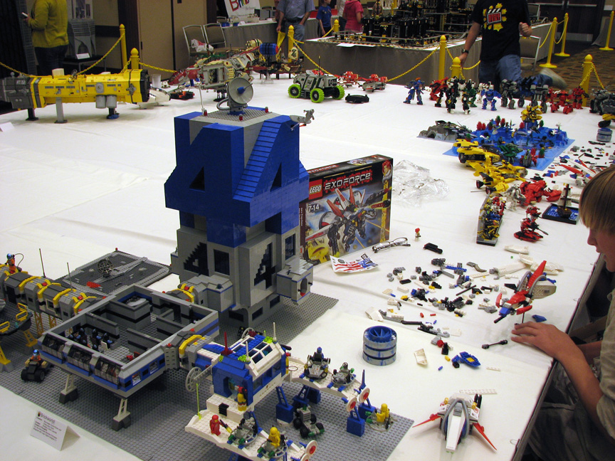 brickworld1420.jpg