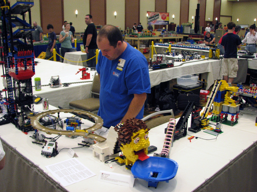 brickworld1422.jpg