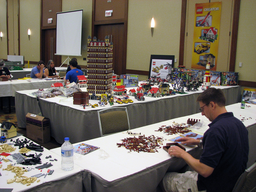 brickworld1427.jpg