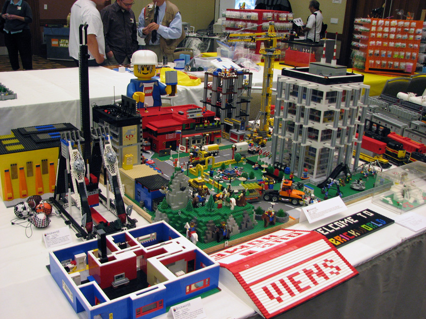 brickworld1446.jpg