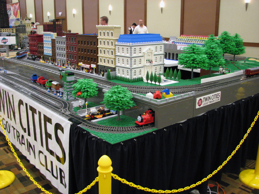 brickworld1458.jpg
