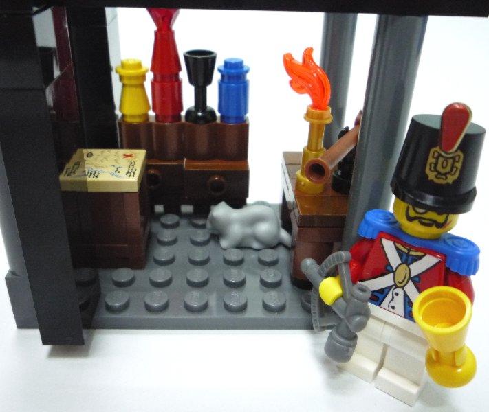 有美酒,还有一把狙击枪.舰长喜爱枪枝与狙击.杀很大 ...