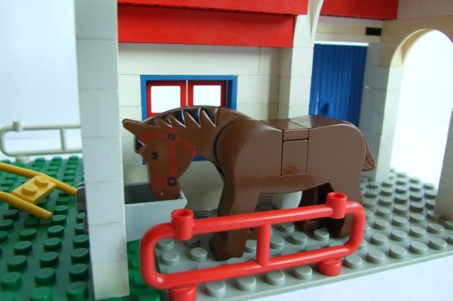 horseinstable.jpg