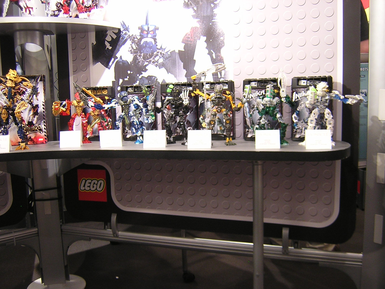 06_nyc_toy_fair_01.jpg