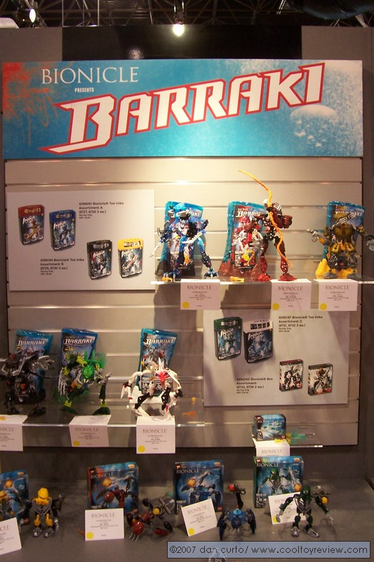 07_toyfair_display_01.jpg