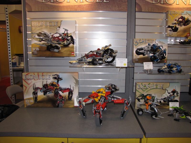 09_toy_fair_display_02.jpg