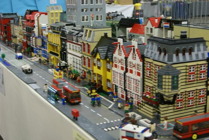 Brick Town Talk: Layout - LEGO Town, Architecture ...
