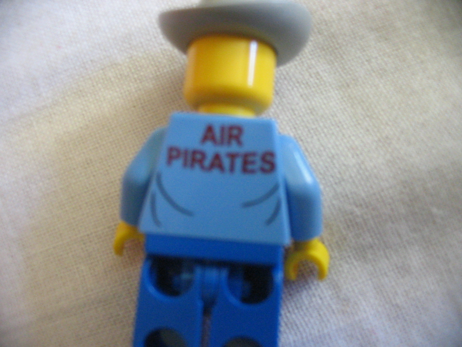 air_pirates_back.jpg