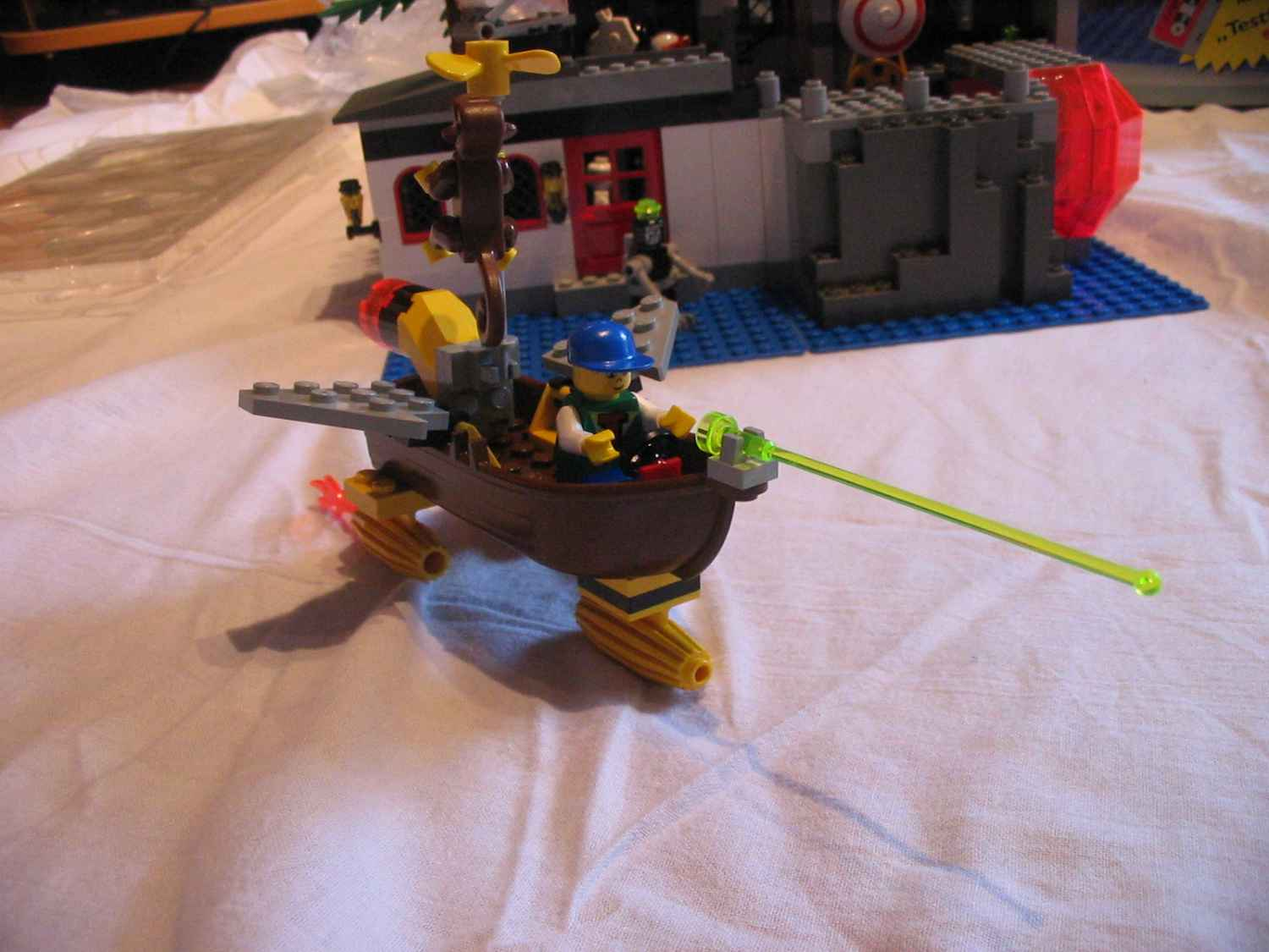6494boatfrontside.jpg