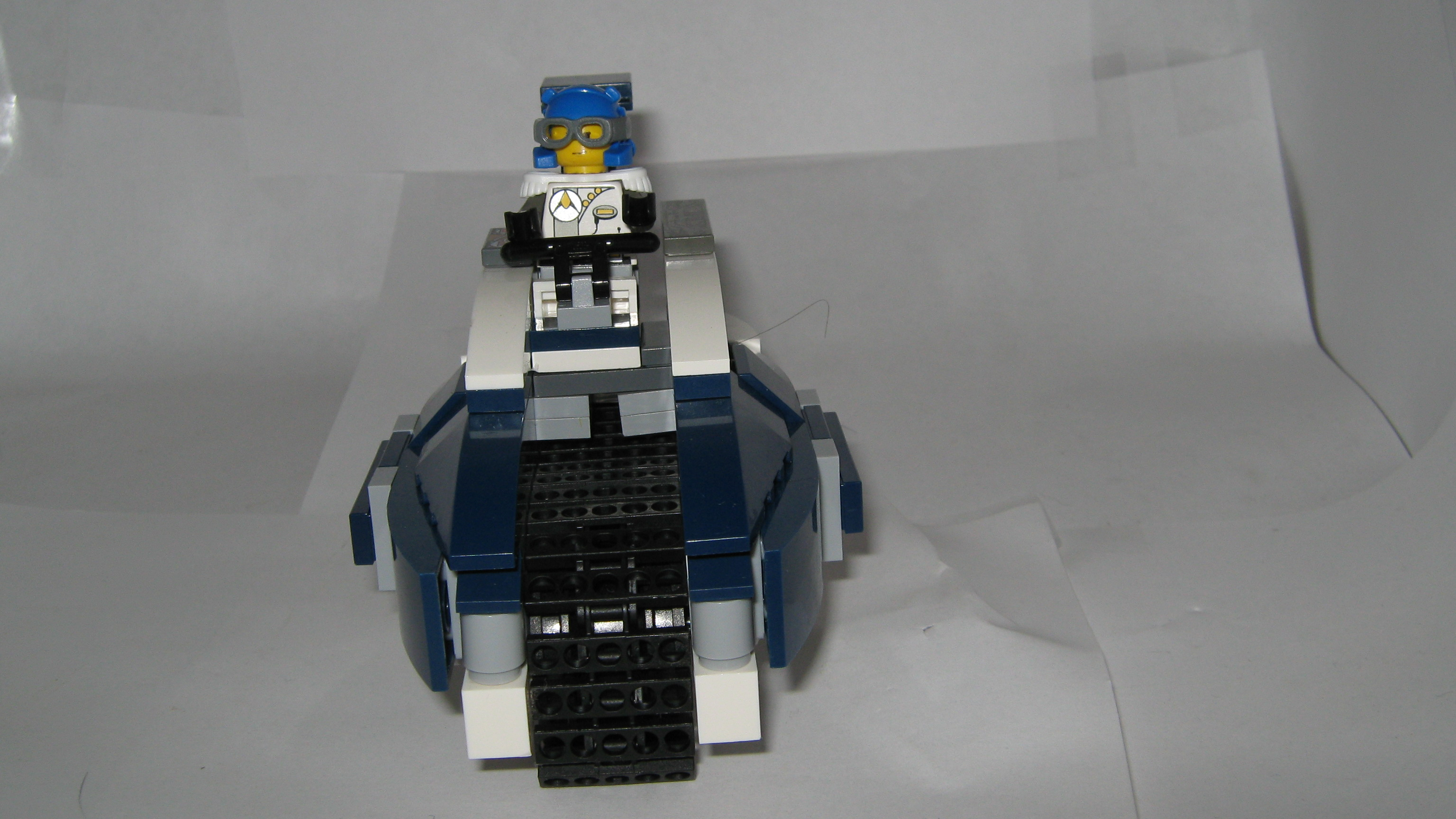 racer__the_royal_blue_002.jpg