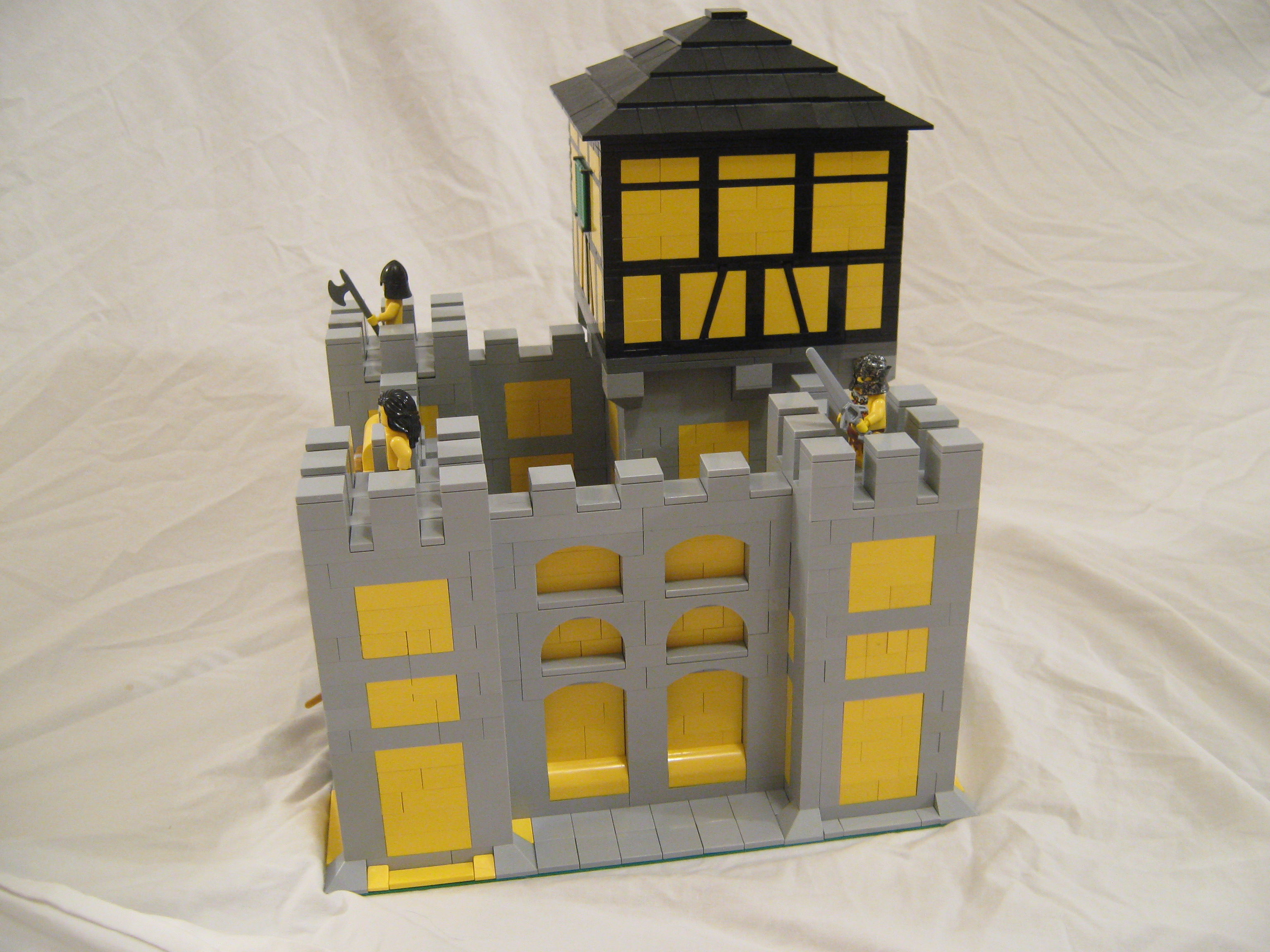 yellow_castle_004.jpg