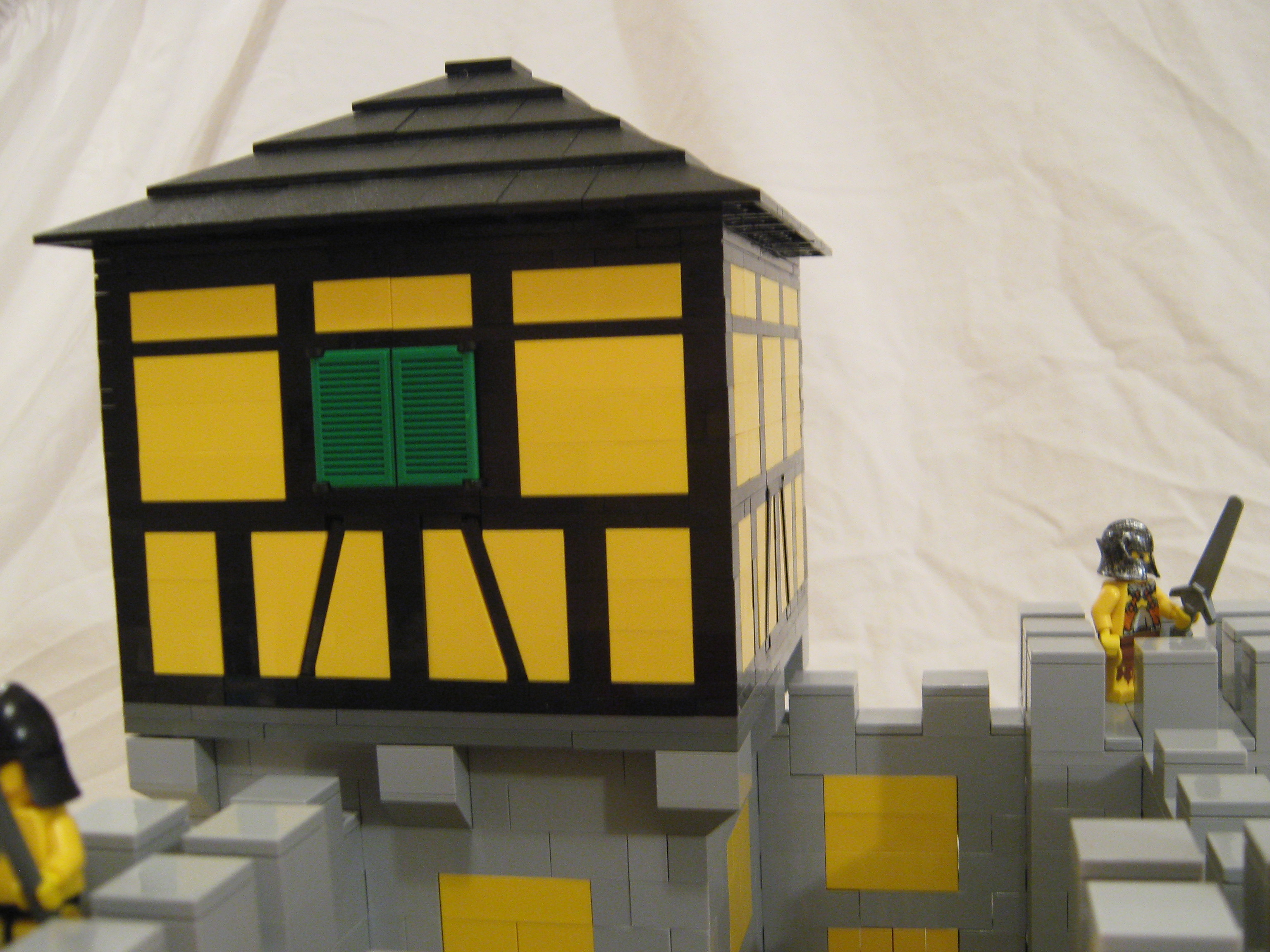 yellow_castle_010.jpg