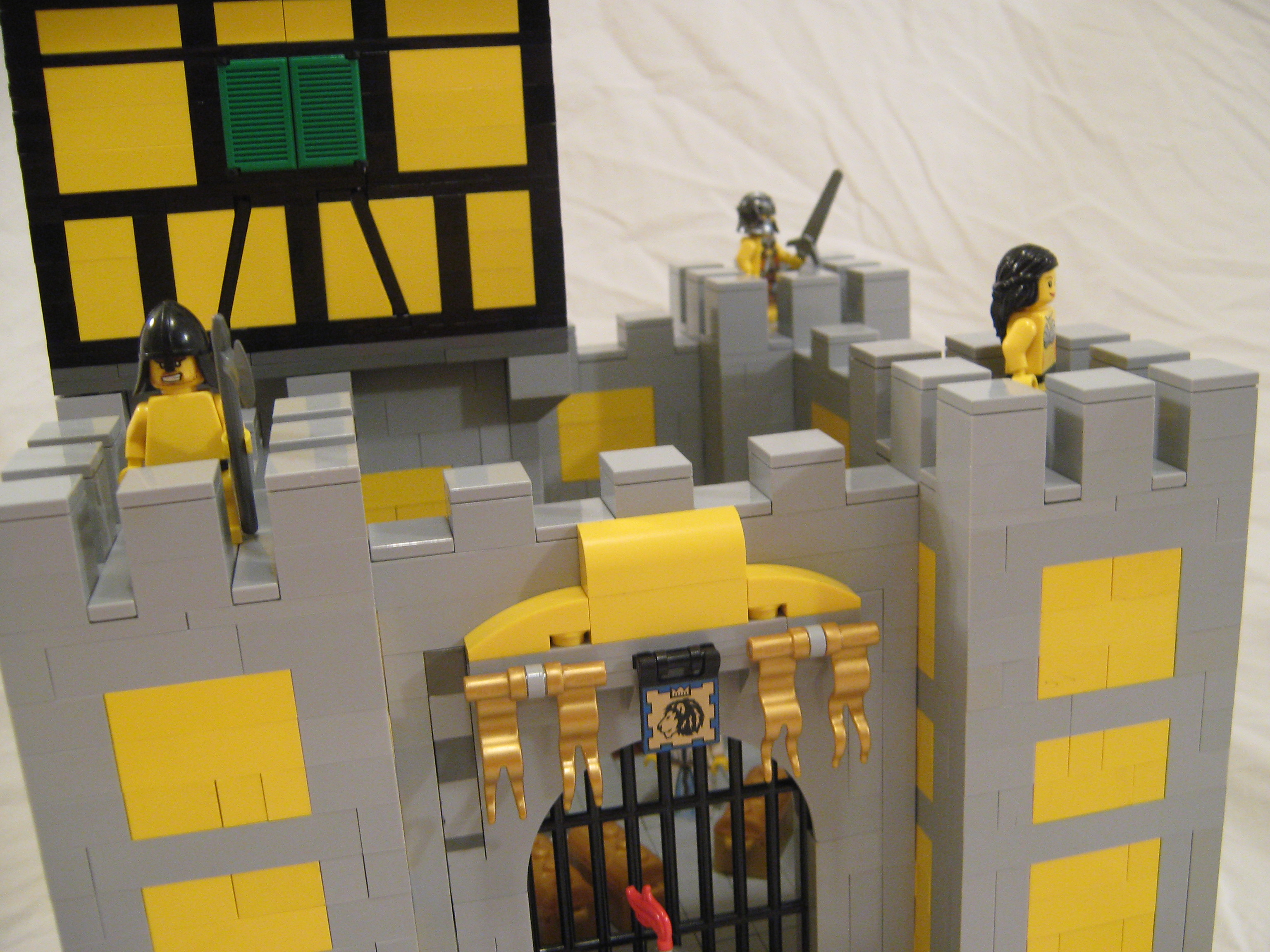 yellow_castle_011.jpg