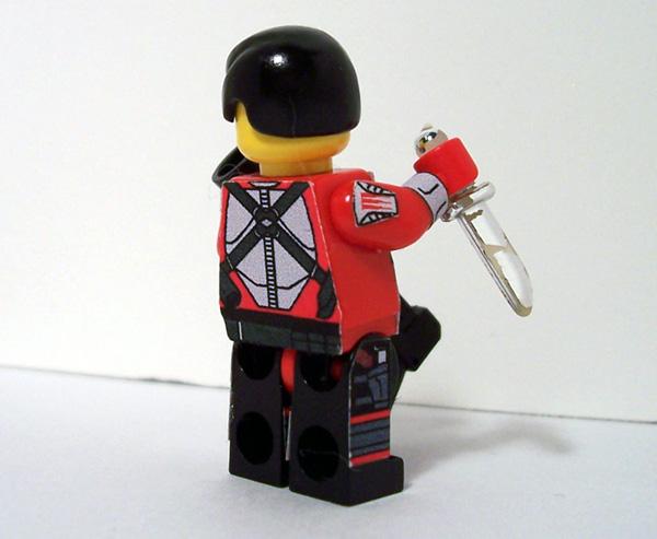 http://www.brickshelf.com/gallery/SaberScorpion/NovaRefuge/grimm_iii_06.jpg