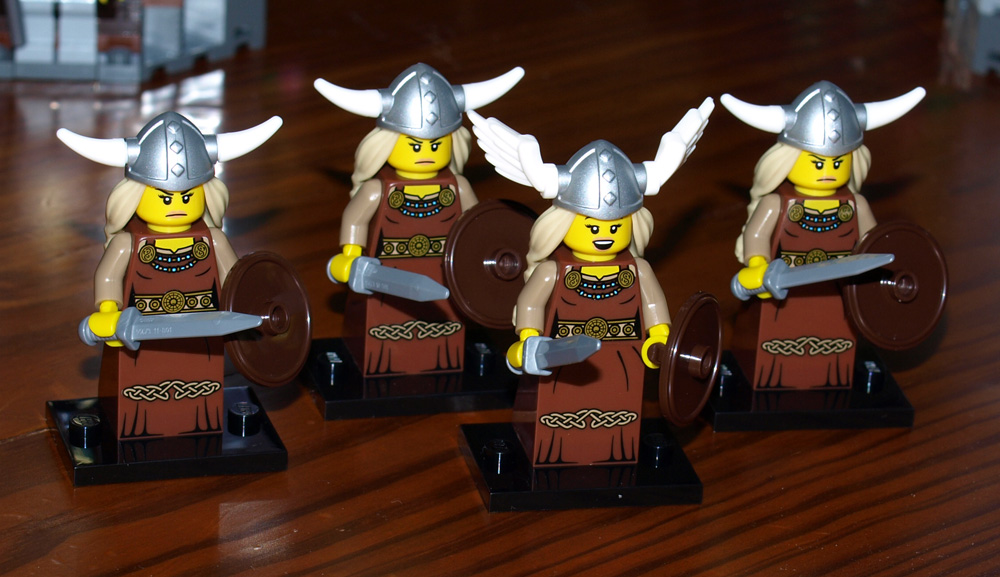 series7_viking_ladies.jpg