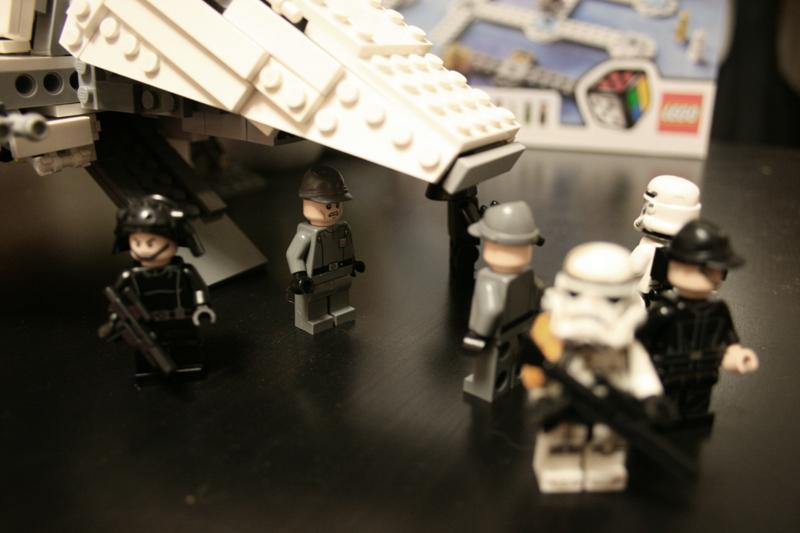 imperial_shuttle_boarding_ramp_small.jpg