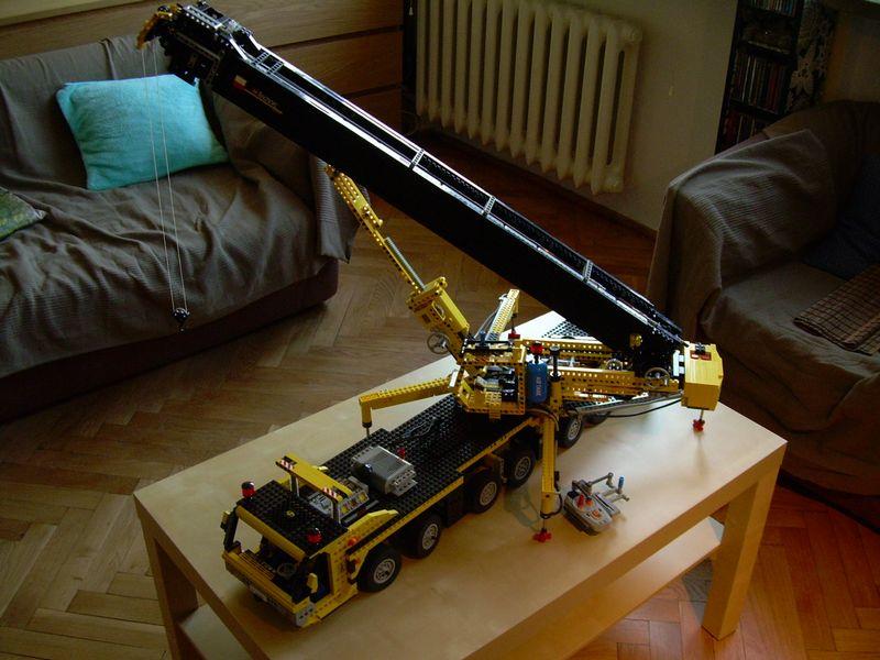 Mobile Crane Sariela