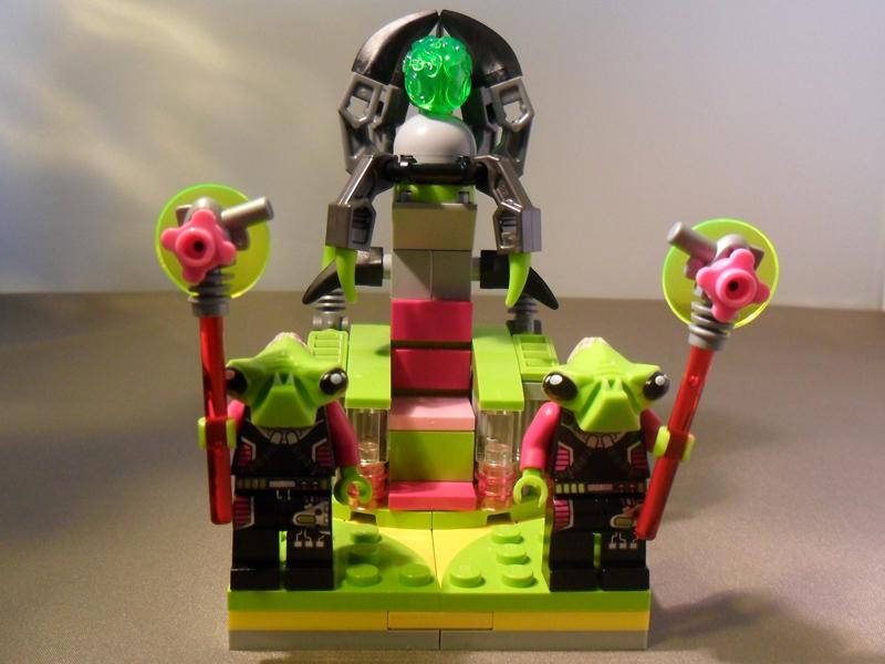 alien-villainess1.jpg