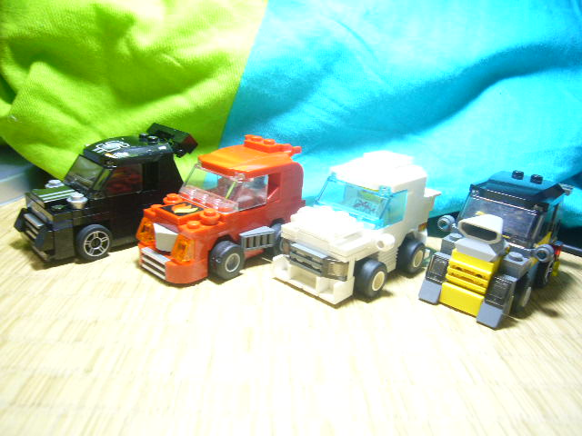 mini_racers_001.jpg
