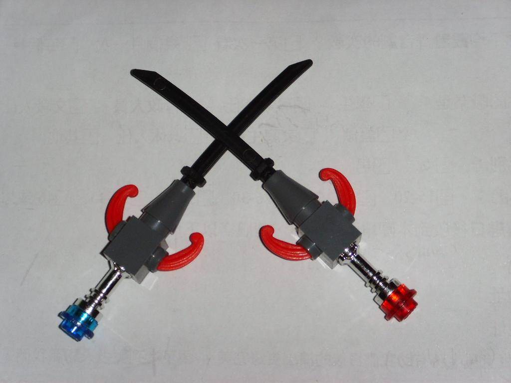 Как сделать из лего меч для человека