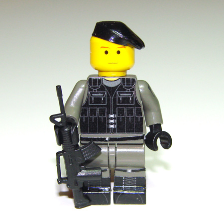 00-98-sas-trooper-03.jpg
