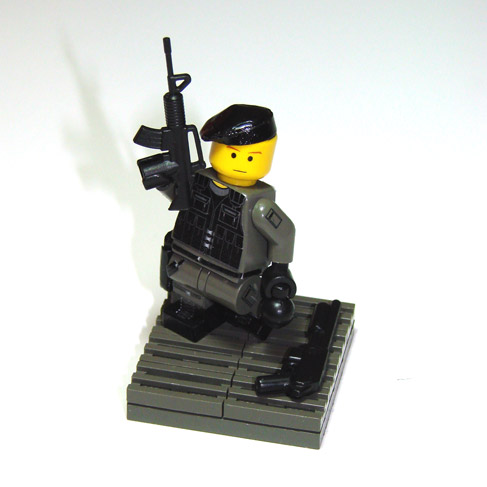 00-98-sas-trooper-12.jpg
