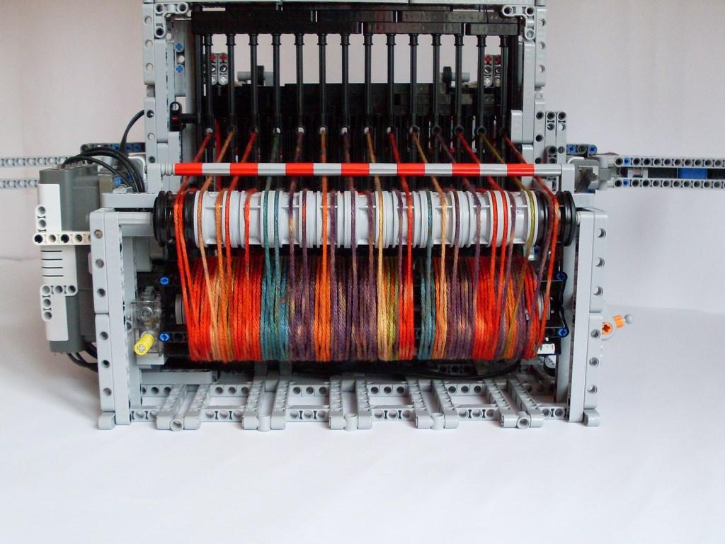 Lego NXT loom