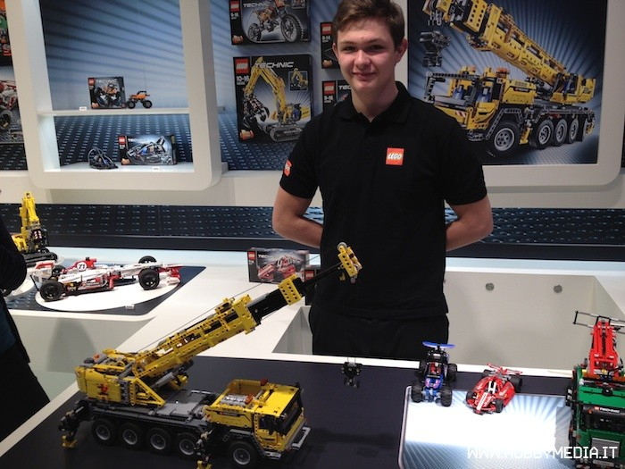 Brickshelf Gallery Lego Technic Mobile Crane Mk Ii 42009 Toy Fair