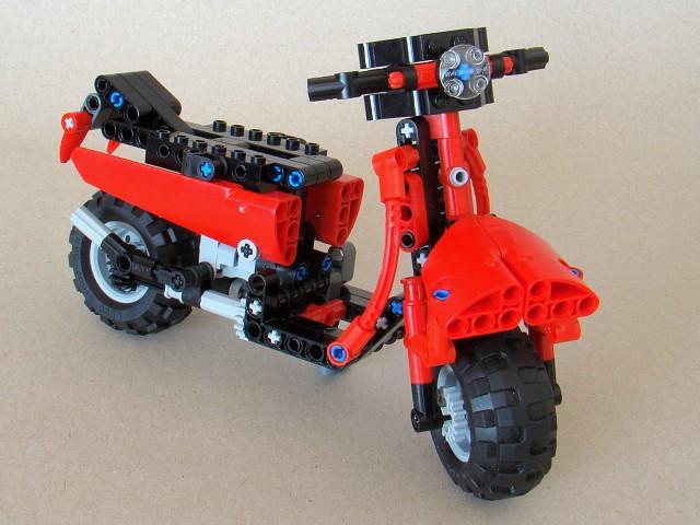 8048_model_11_1-scooter.jpg