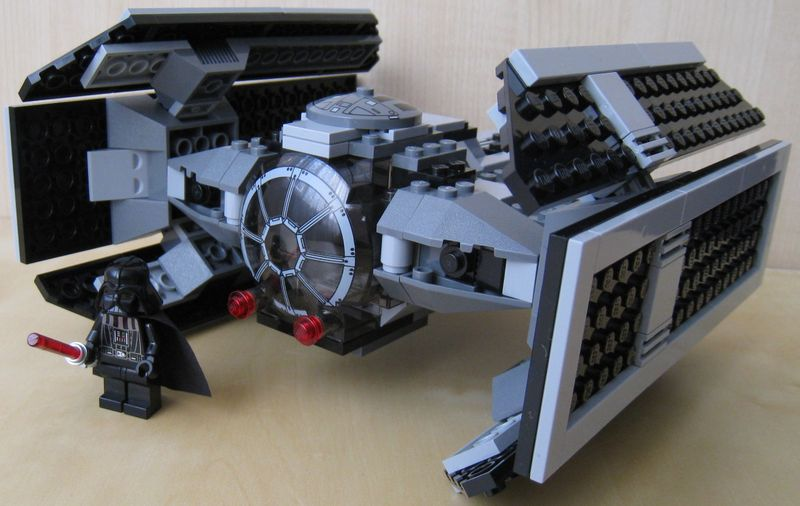 8017__darth_vaders_tie_fighter.jpg